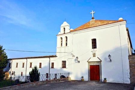 Settimana Biblica  nella diocesi di Lucera Troia ed arrivo della comunità di Clarisse